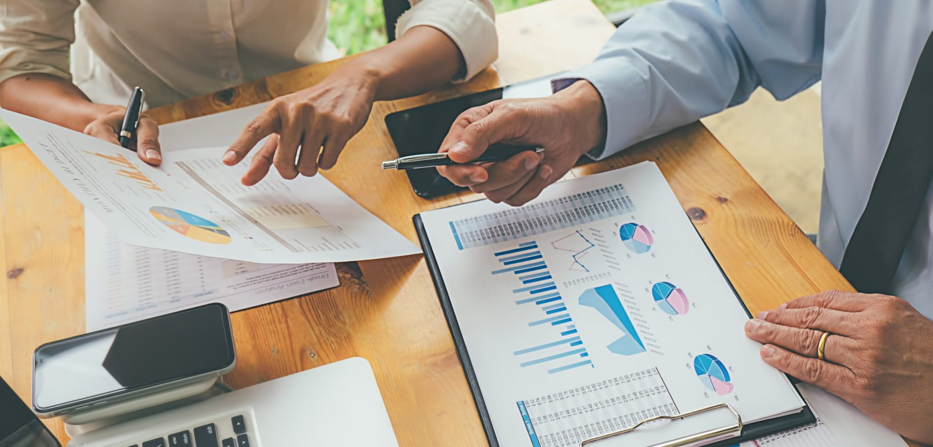experts analyse révision coopérative graphiques